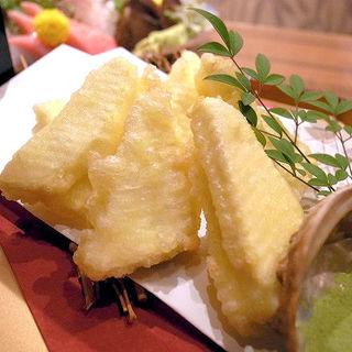 クリームチーズの天麩羅(名古屋コーチン専門居酒屋 尾張邸 人形町店 )