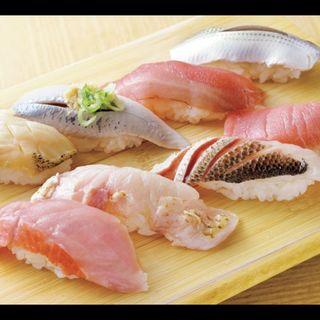 つぶ貝、いわし、カツオ、こはだ、金目鯛、のどぐろ、カマス、中トロ(まぐろ人 御徒町出張所 (まぐろびと))