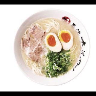 煮たまごらーめん(長浜ナンバーワン  東京大岡山店)