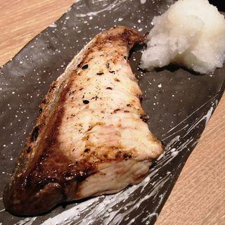 本日の焼き魚(ブリの塩焼き)(とんちゃん 川崎店)
