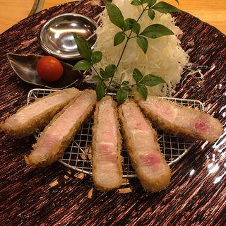 ハンガリーの食べる国宝 マンガリッツァー豚ロースカツ定食(epais SATSUKIGAOKAKITA)