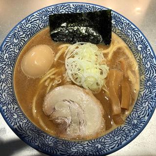 半熟味玉濃厚魚介らーめん(豚骨一燈 )