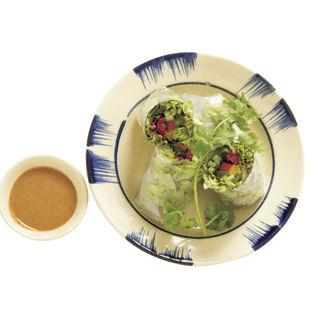季節野菜の生春巻き アーモンドソース