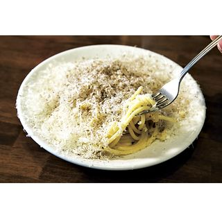 わら焼きのカツオの塩タタキ