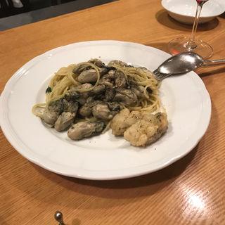 牡蠣たっぷりパスタ(カ・デル・ヴィアーレ (【旧店名】クチーナ・イル・ヴィアーレ))