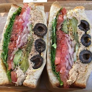 ツナサンド(ダイズデリアンドサンドイッチ 六角店 (Dai's Deli&Sandwiches))