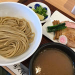 つけ麺(ラーメン歩く花)