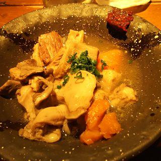 肉寿司の塩モツ煮込み(バル肉寿司 蒲田店 )