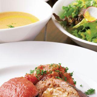 フォアグラ入りハンバーグステーキ(限定10食)(サラダ、スープ、パン、デザート、カフェ付き)(ビストロ ドゥーブル (DOUBLE))