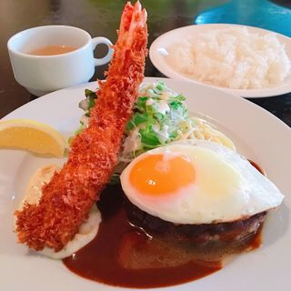 A定食 (ハンバーグ&エビフライ)(洋食 かりん )