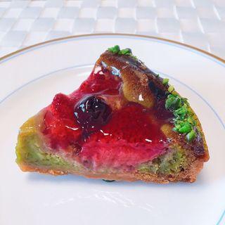 苺とピスタチオのタルト(ラ・フルネ (La Fournee))