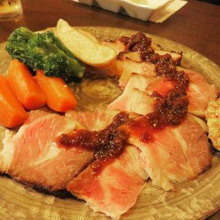 糸島豚のローストポーク(大皿料理 小箱 浦本)