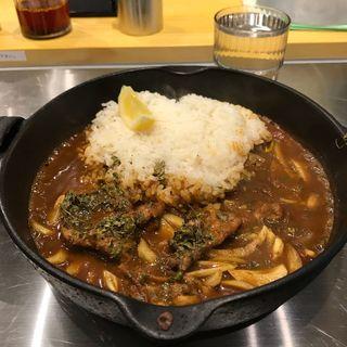 鶏せせりと淡路玉ねぎのカレー (カレー食堂spice.7)