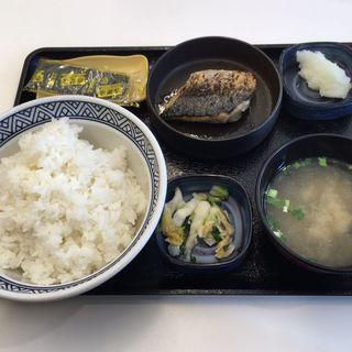 塩鯖定食ご飯大盛(吉野家 札幌狸小路店)