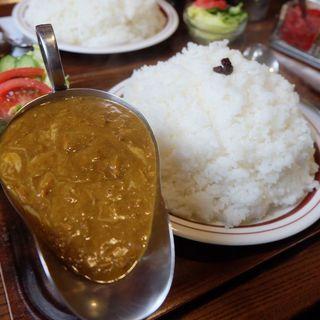 チーズカレー 中盛(キャラウェイ)