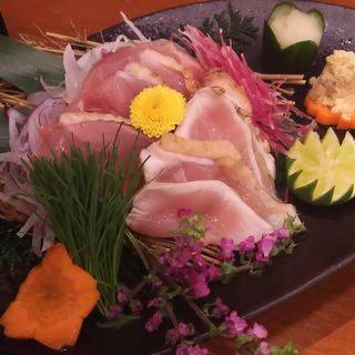 新鮮地鶏のタタキ 盛り合わせ(地鶏と個室居酒屋 近松 秋葉原店)