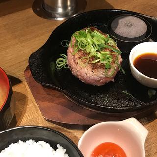 極味や ハンバーグステーキ(ハンバーグステーキ極味や なんば店)