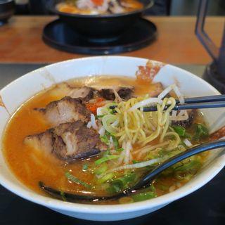 うま辛チャーシュー麺(らぁめん道 稲花 )