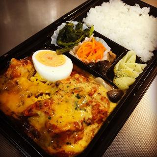 ハーブチキンのオーブン焼き(ココリコ・デリ 丸ビル店)