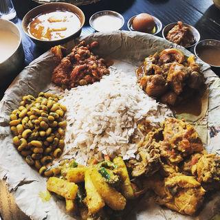ネワリボジセット(ネパール民族料理 アーガン)