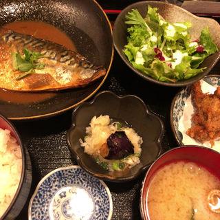 鯖の味噌煮定食 唐揚げ付き(二升五合 (ニショウゴンゴウ))
