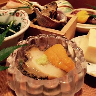 雲丹と鮑とじゅん菜の酢の物(料理 澤)