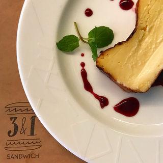 ベイクドチーズケーキ(トレエウーノ サンドイッチ (3&1 Sandwich))
