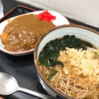 ヒレカツカレーライスセット(山吹 (ヤマブキ))