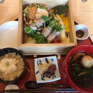 八種野菜と豚のせいろ蒸し(八かく庵 ミント神戸店 (はっかくあん))