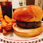 ヴィレッジヴァンガードバーガー(ハンバーガー+ポテトorサラダ+ドリンク)