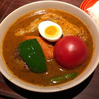 チキンとトマトのスープカレー(横浜BAY・らっきょ)
