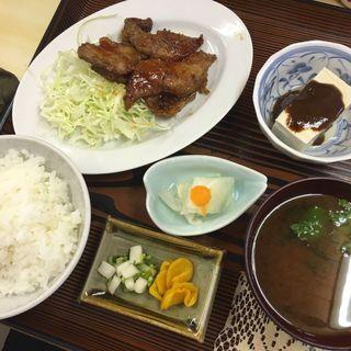 キモ定食(自由軒 )