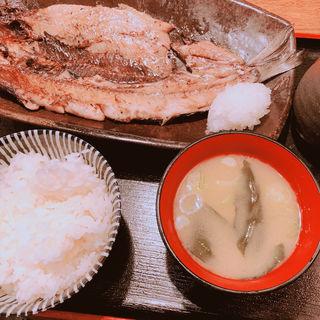 にしんの一夜干し定食(一夜干しと海鮮丼 できたて屋 サッポロファクトリー店)