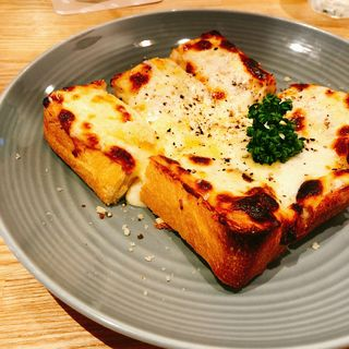 白チーズトースト(ペリカンカフェ)