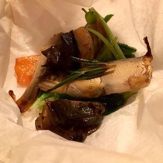 若鮎とアカニシ貝のコンフィ(ラ・レジーア)