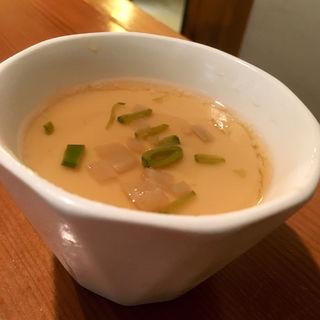 金太郎たまごの冷製茶わん蒸し(日本酒バー 雲レ日)