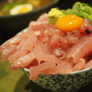 マグロ盛り盛り丼(宮がみ屋 本店 )