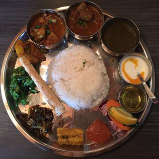 アーガンスペシャルタカリセット(ネパール民族料理 アーガン)
