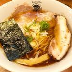 醤油らぁ麺(らぁ麺すぐる)