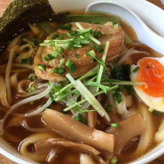 チャーシュー刀削麺