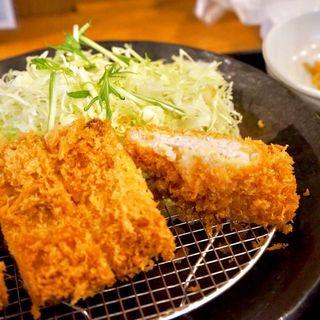 ロースカツ定食(とんかつ 酒菜 くら)
