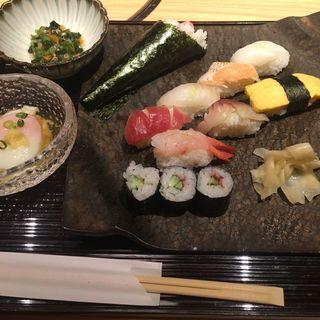 寿司ランチ(しゃぶしゃぶ・すし 八山 (はっさん))