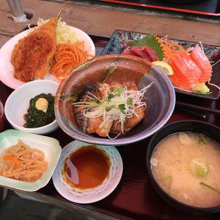 まるわ定食(まるわ食堂)