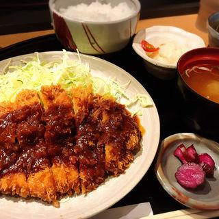 Aランチ+味噌カツソース(とんかつの藤 )