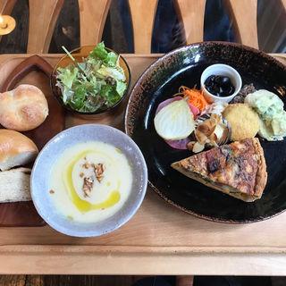 食事プーレト(モノイレ カフェ (monoile cafe))