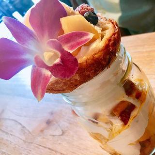 マンゴーパイン ジャーケーキ(ラ テラス カフェ エ デセール (La Terrasse Cafe et dessert))