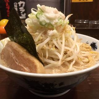 ど★豚骨ラーメン(ロクゴーガッツ)