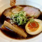 黒しょうゆ麺