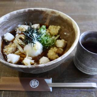 小海老と揚げ餅のぶっかけおうどん(美糸 (ビイト))