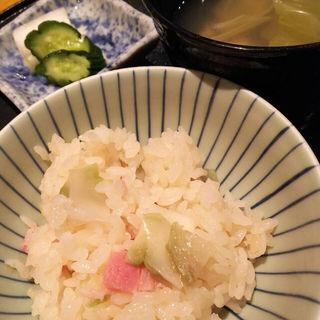 新ザーサイとベーコンの釜炊きご飯(なだ万賓館 新宿店 (なだまんひんかん))